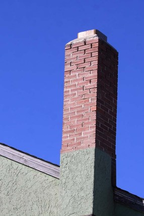 Melita Legion Hall chimney where Chimney Swifts have been recorded breeding for the very first time in Melita. Hopefully swifts have also bred in the other 2 chimneys in Melita which were being used by birds earlier in the season. Photo by Christian Artuso